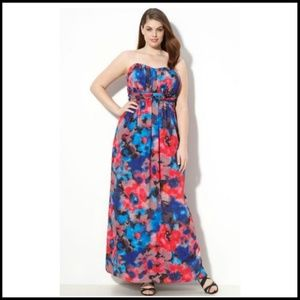 Jessica Simpson Dresses - Jessica Simpson Floral Maxi Dress Strapless Silky